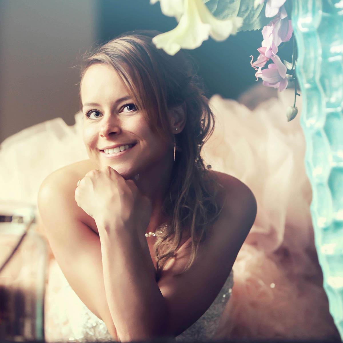 Bruid tijdens trouwdag in Den Bosch