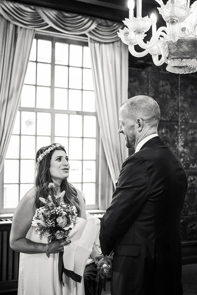 Bruidspaar tijdens geloften